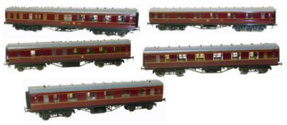 16mm scale model coaches