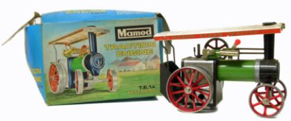 Mamod traction engine, original box and instructions.