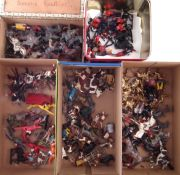 Quantity of metal toy soldiers of various types and conditions