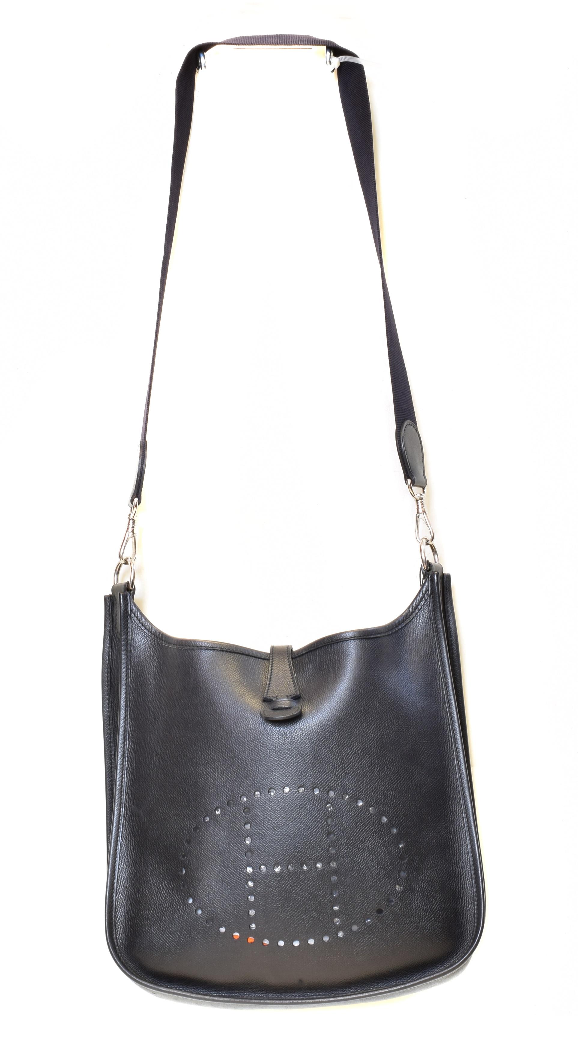 A Hermes Evelyne 29 Shoulder Bag,