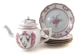 Chinese Armorial porcelain teapot and five plates.