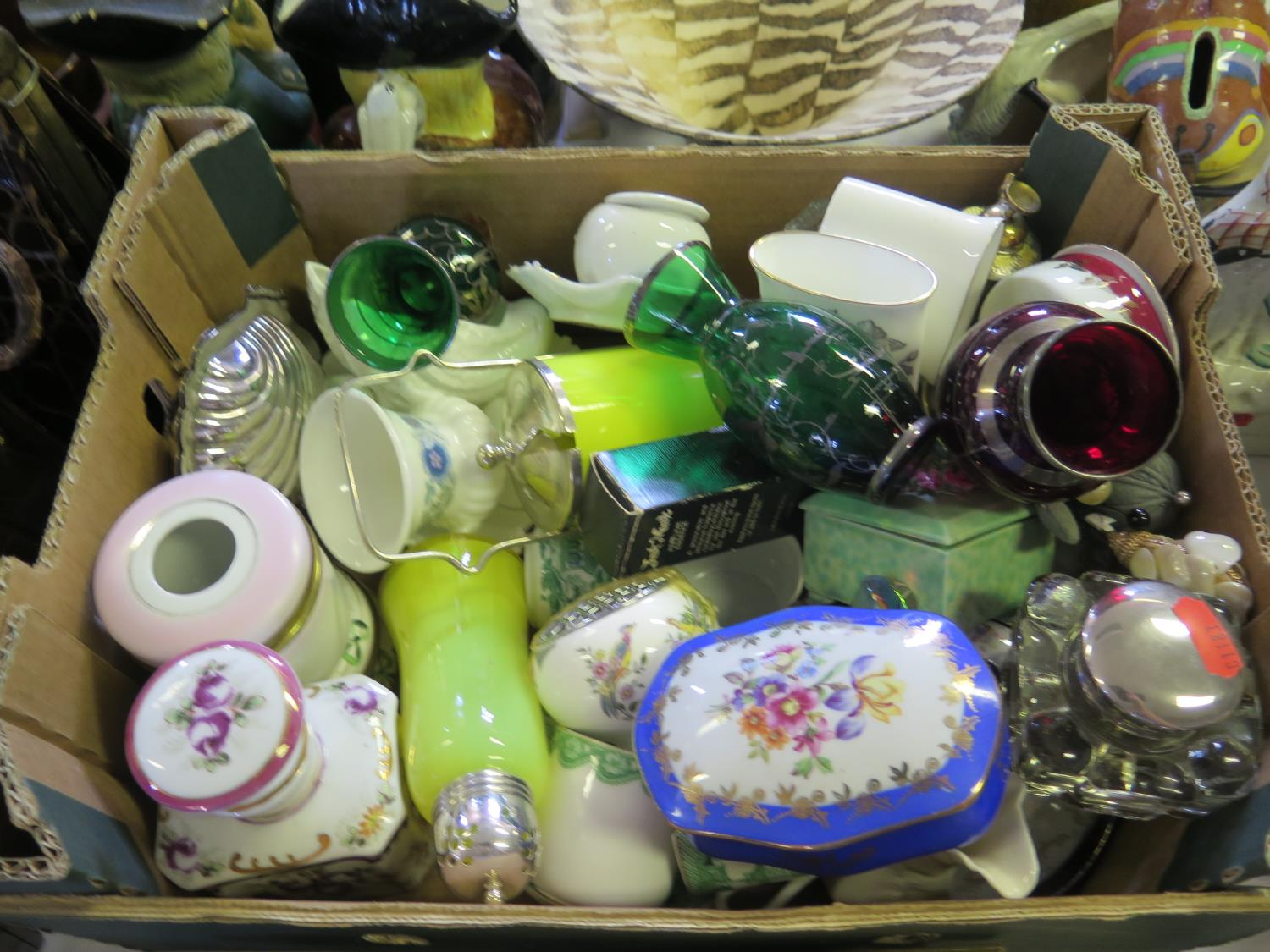 Lot 621 - A Selection of Odd Ceramics including Royal Worcester and Wedgwood and glass etc.