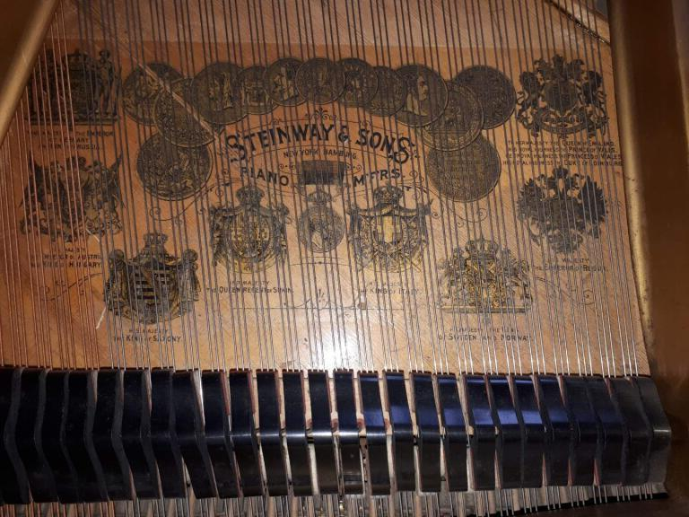 Lot 12 - Steinway (c1901) A 6ft 'old style' 85-note Model A grand piano in a rosewood case on turned legs;