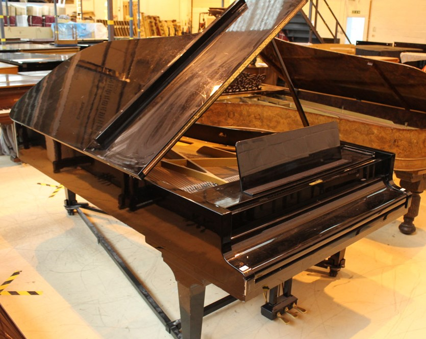 Grotrian Steinweg (c1981) A 9ft Model 275 grand piano in an ebonised case on square tapered legs. - Image 2 of 4