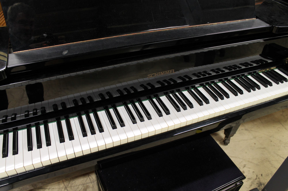 Schimmel (c1961) A 6ft 3in Model 190 grand piano in a bright ebonised case on square tapered legs; - Image 5 of 5