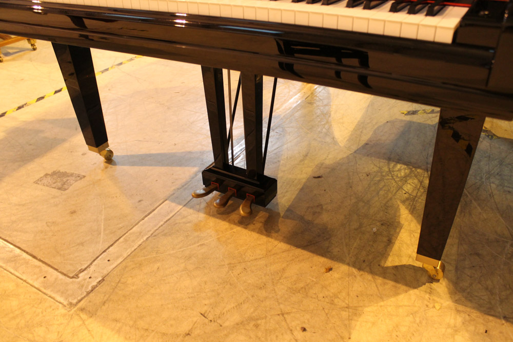Yamaha (c2009) A 5ft 6in Model GC2 grand piano in a bright ebonised case on square tapered legs; - Image 6 of 8