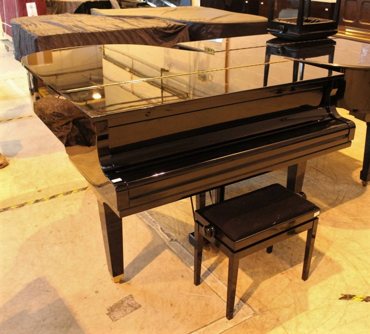 Yamaha (c2009) A 5ft 6in Model GC2 grand piano in a bright ebonised case on square tapered legs; - Image 8 of 8