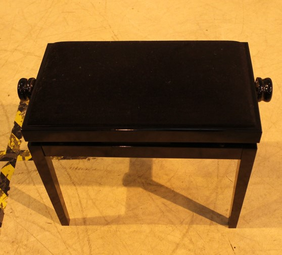 Yamaha (c2009) A 5ft 6in Model GC2 grand piano in a bright ebonised case on square tapered legs; - Image 2 of 8
