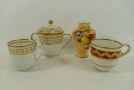 A Worcester porcelain chocolate cup and cover with gilt decoration, 10.