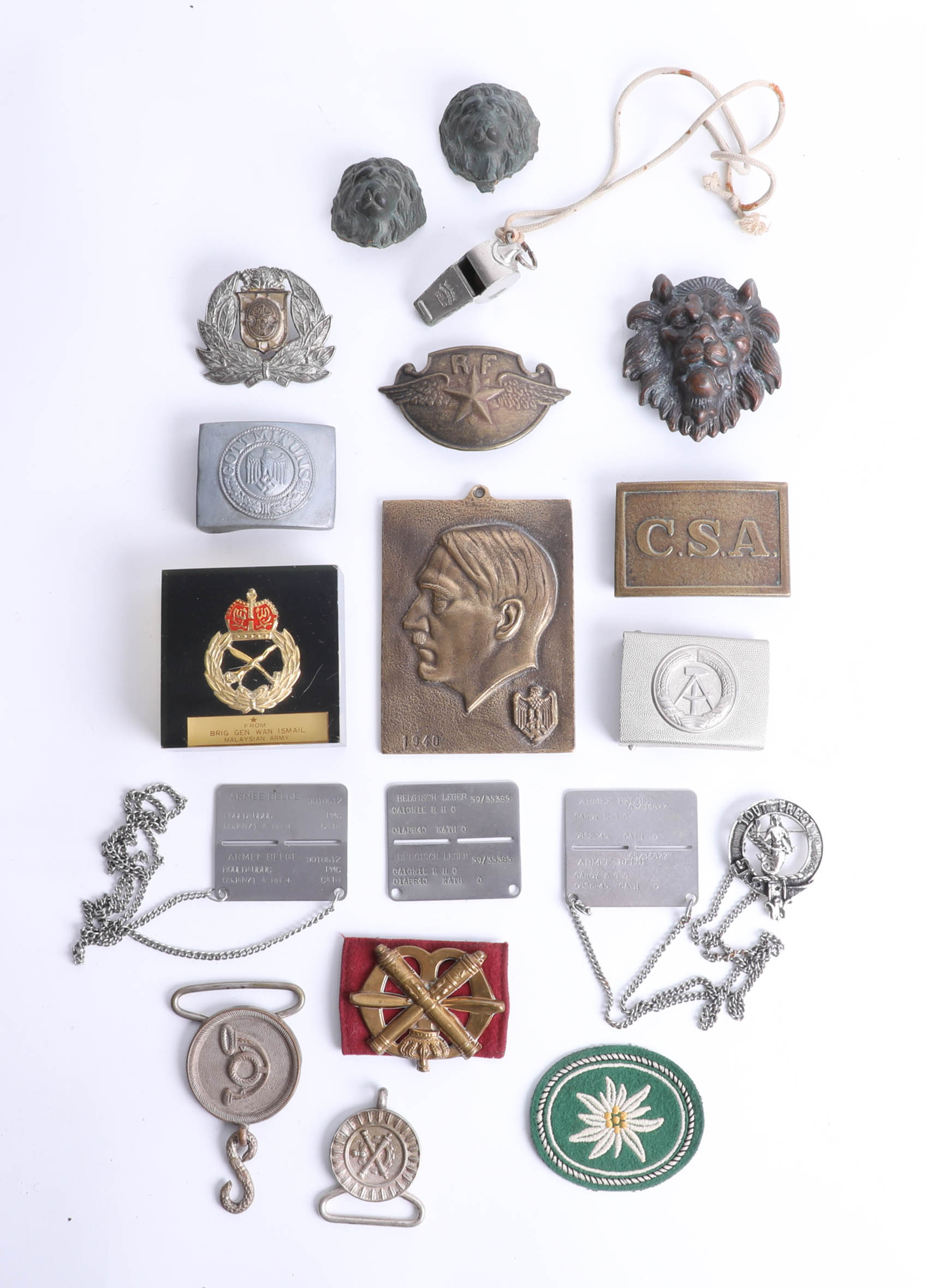 Lot 042 - A collection of various military and other badges, buckles and interesting objects. Part of the Late