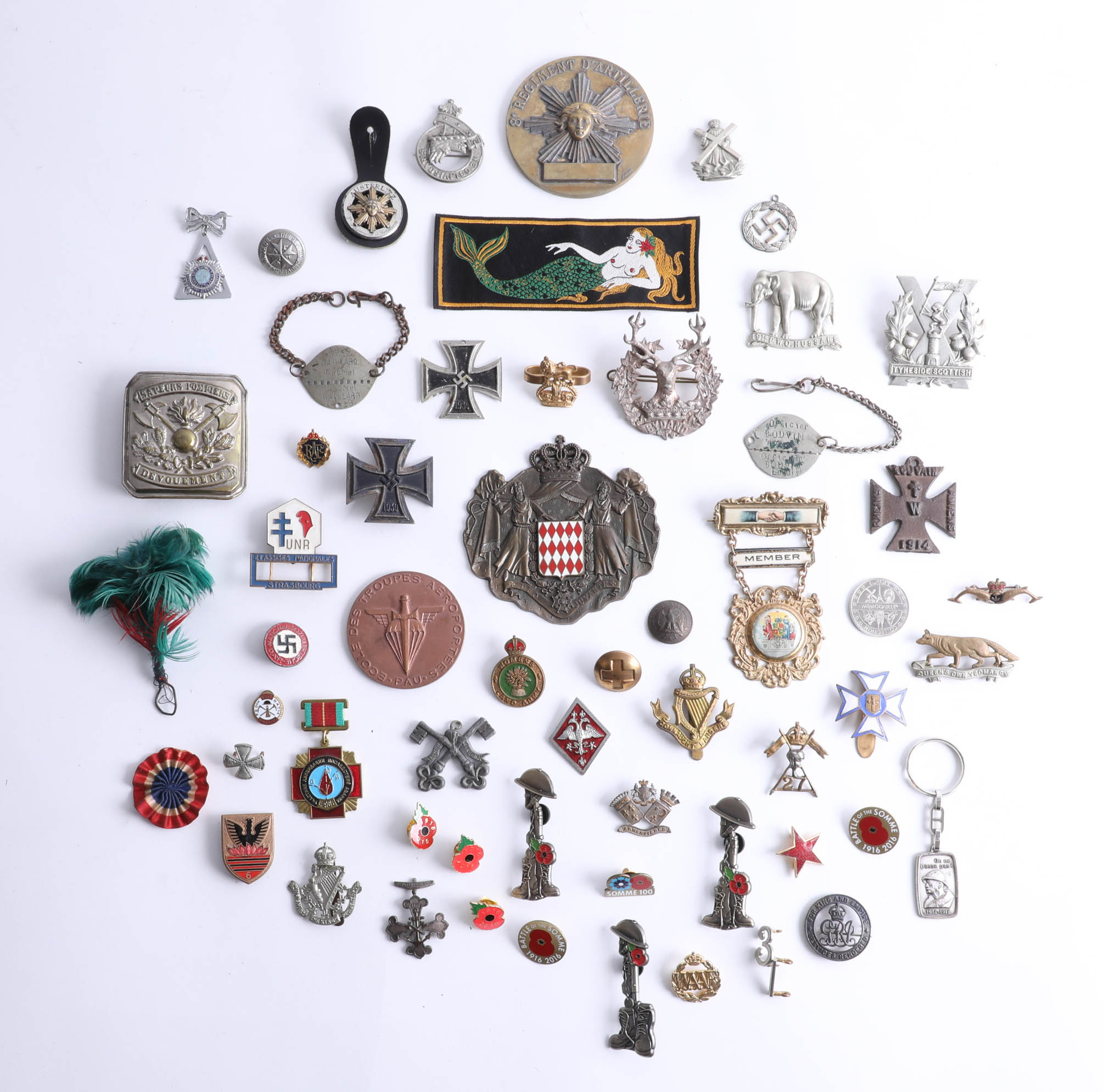 Lot 043 - A collection of assorted badges and objects, incl replicas, German iron crosses, medallions, replica