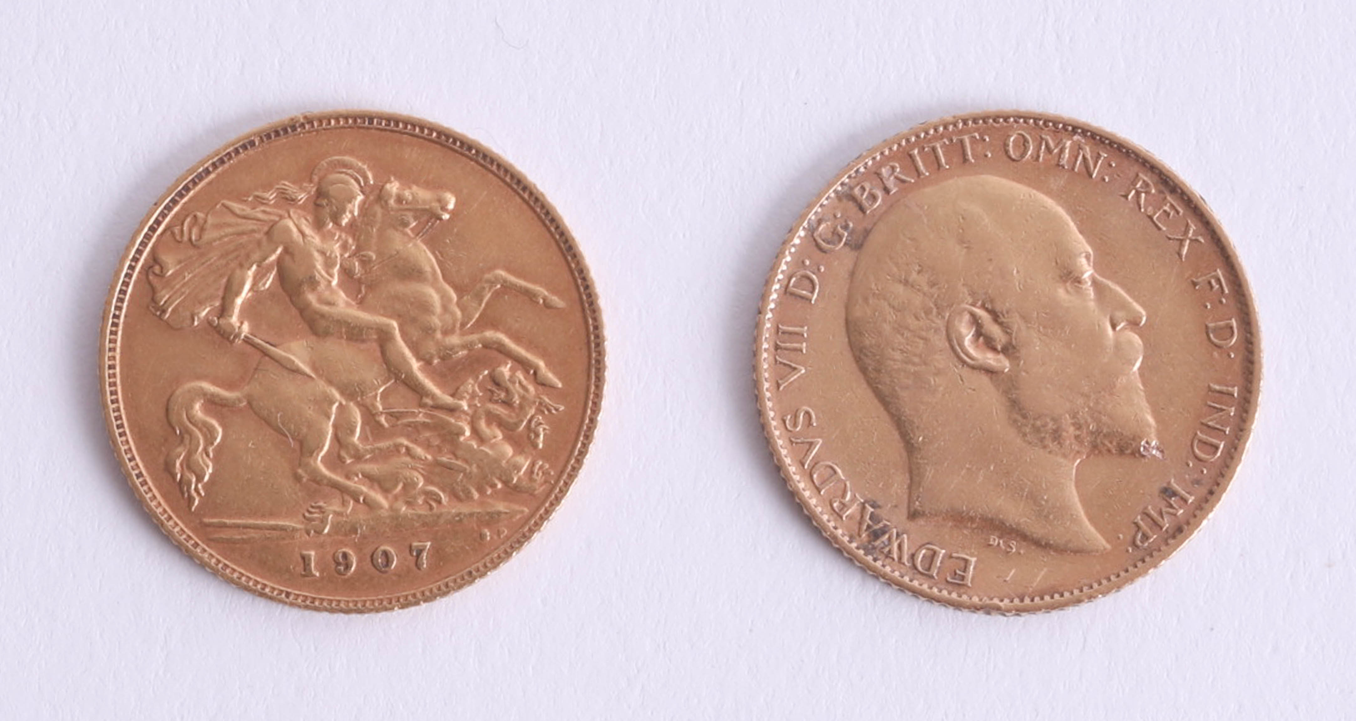 Lot 035 - Two Edward VII 1907 half sovereigns (2).