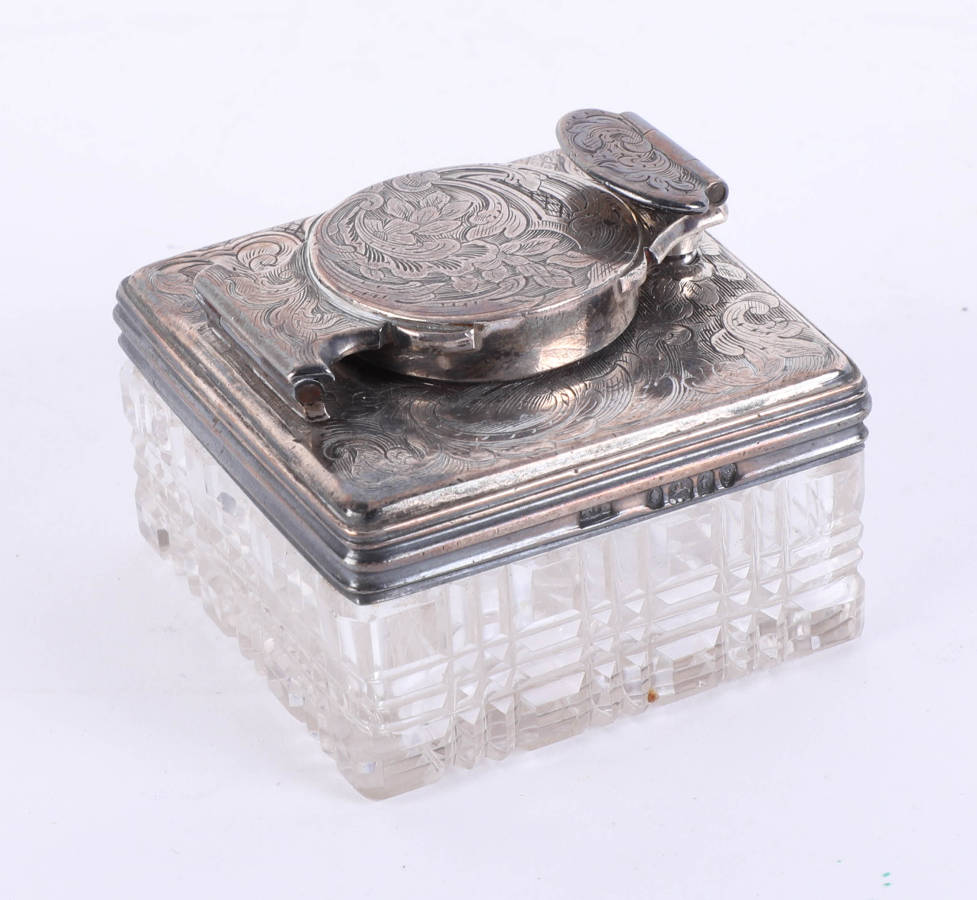 Lot 014 - Antique Georgian silver and cut glass travel inkwell with screw down top and hand engraved