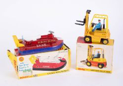 Dinky Toys, Conveyancer Forklift 404, Hovercraft 290, boxed (2).