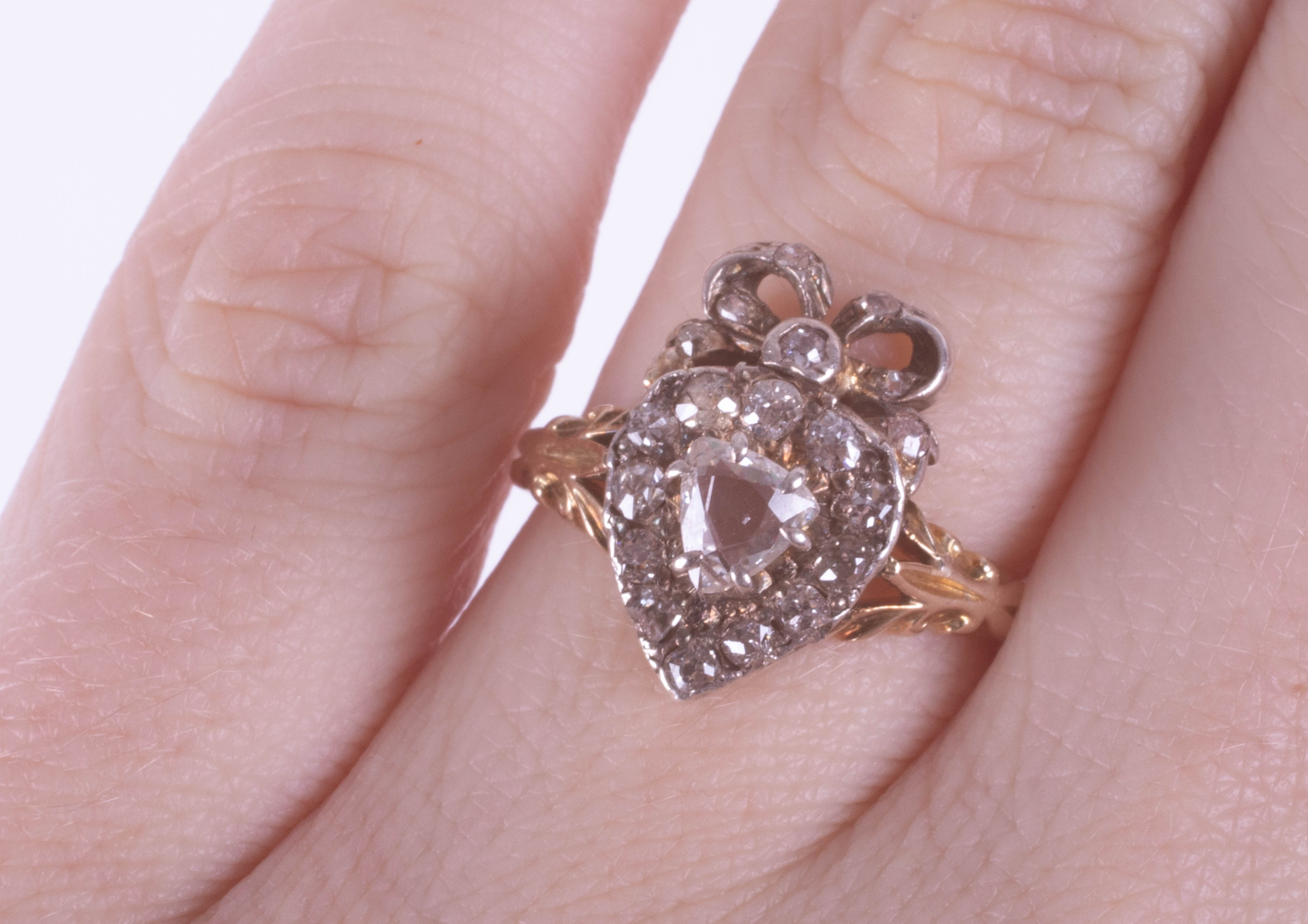 A Victorian diamond set heart ring, size J, boxed. - Image 2 of 6
