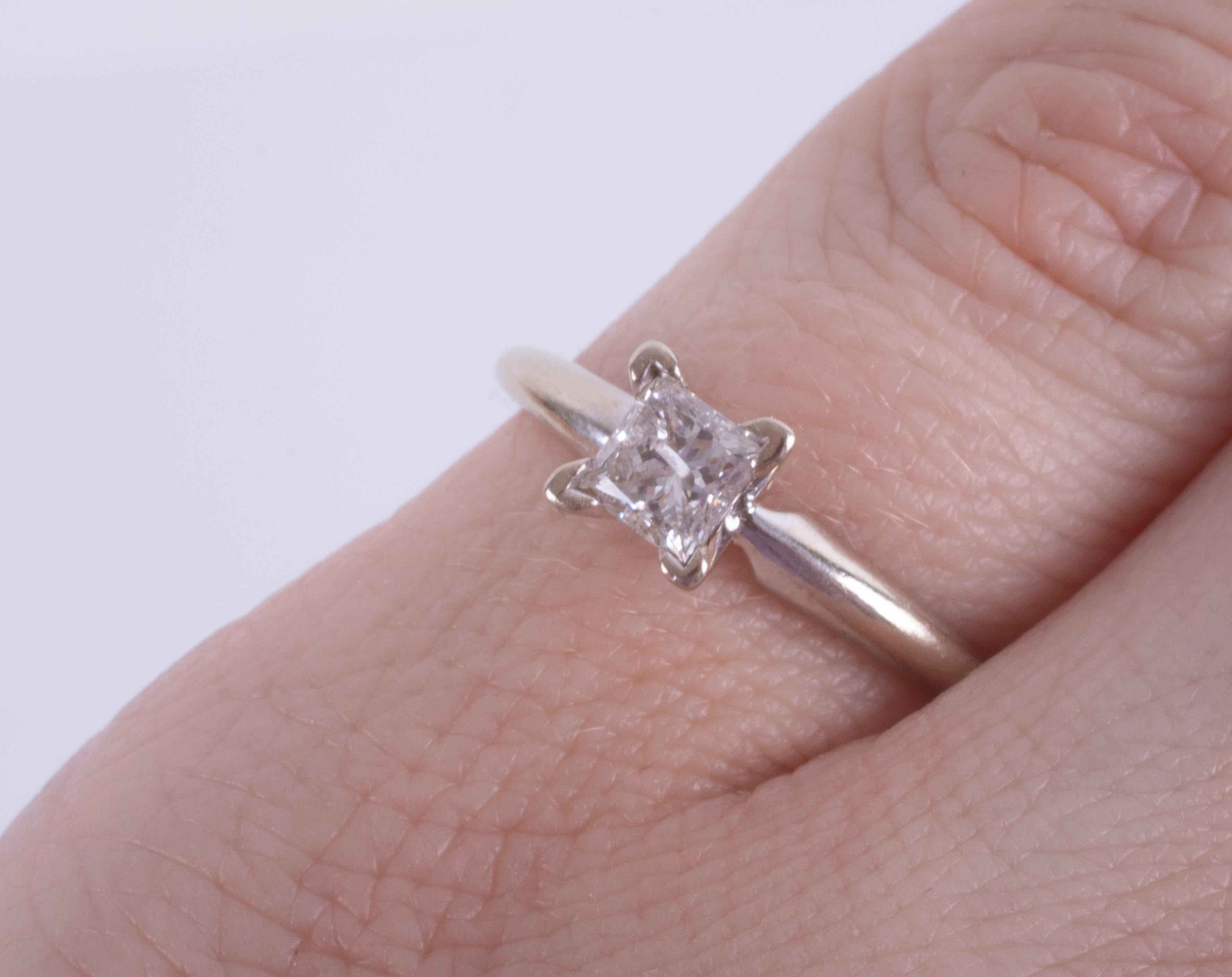An 18ct white gold princess cut diamond ring, approx. 0.45ct, ring size I. - Image 2 of 2