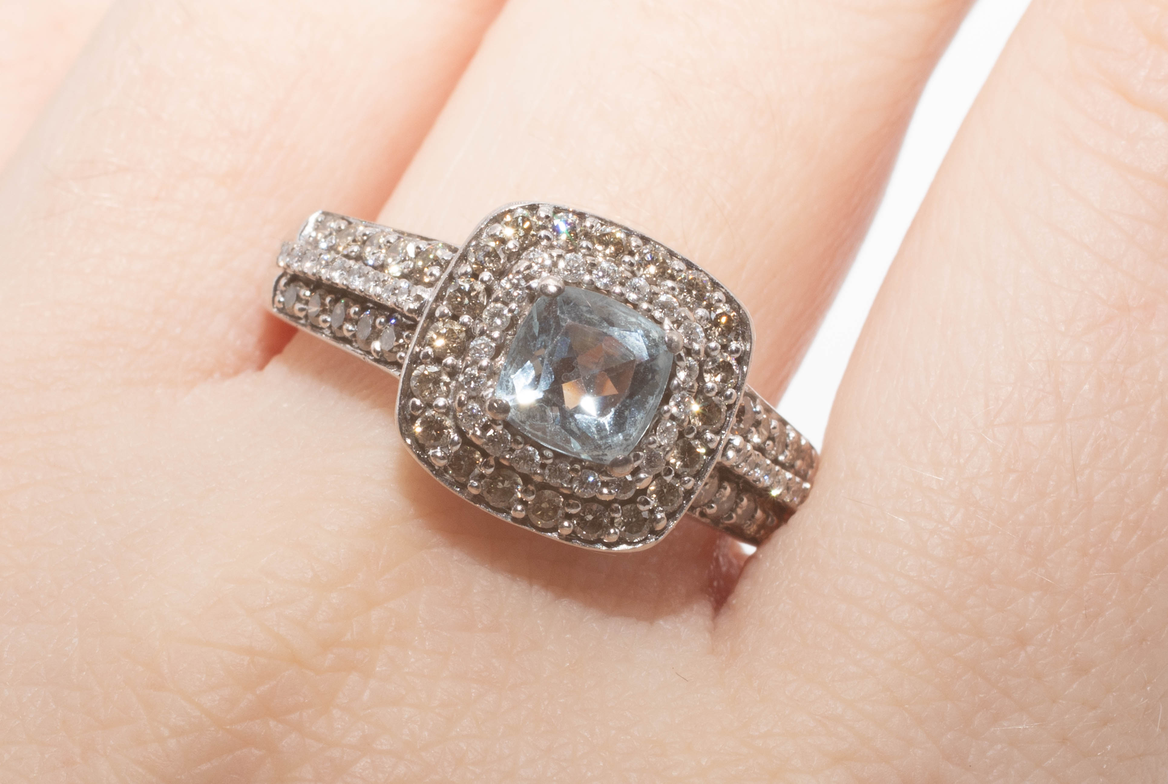 A 14ct aquamarine and diamond set cluster ring in white gold, size T. - Image 2 of 2