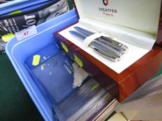 BOX SET OF SHEAFFER BALL POINT PEN AND PROPELLING PENCIL, TOGETHER WITH A SILVER QEII