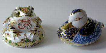 Two x Royal Crown Derby paperweights OLD IMARI FROG & DUCK: Silver stoppers, 1 certificate,