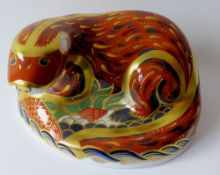 Royal Crown Derby paperweight OTTER: Gold stopper, certificate, first quality, original box.