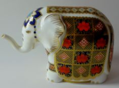 Royal Crown Derby paperweight GUMPS ELEPHANT: Silver stopper, NO certificate, original box.