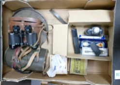 A mixed collection of items to include: Kodak 8mm Movie Camera, cased binolculars, magic lantern