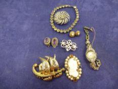 Fine Art, Silver, Militaria, Antique, Jewellery & Collectables