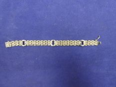 9ct yellow gold link bracelet, marked 375, unable to open clasp, weight approx 13.7g