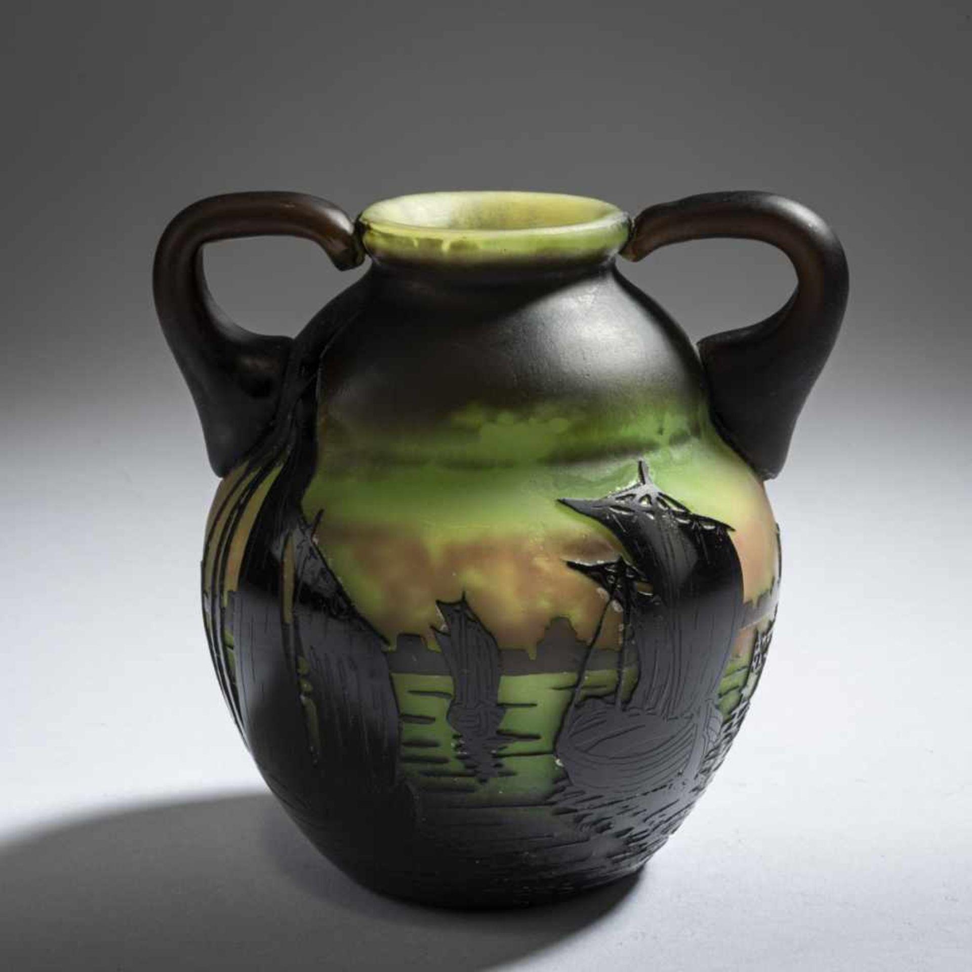 Daum Frères, Nancy, 'Voiliers, soleil couchant' vase with handles, 1910 - Bild 4 aus 5