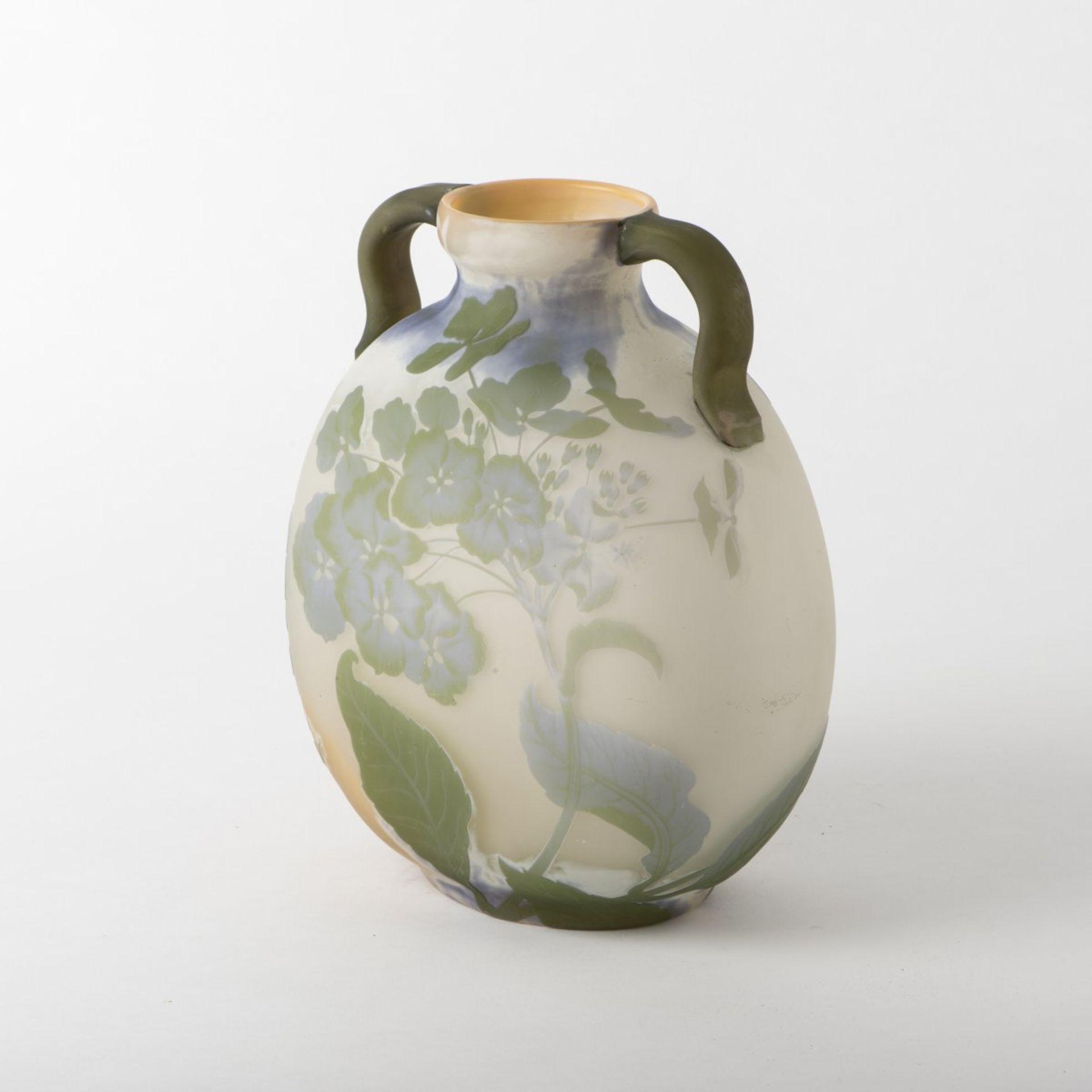 Emile Gallé, Nancy, 'Hortensias' vase, 1903/04 - Bild 5 aus 7