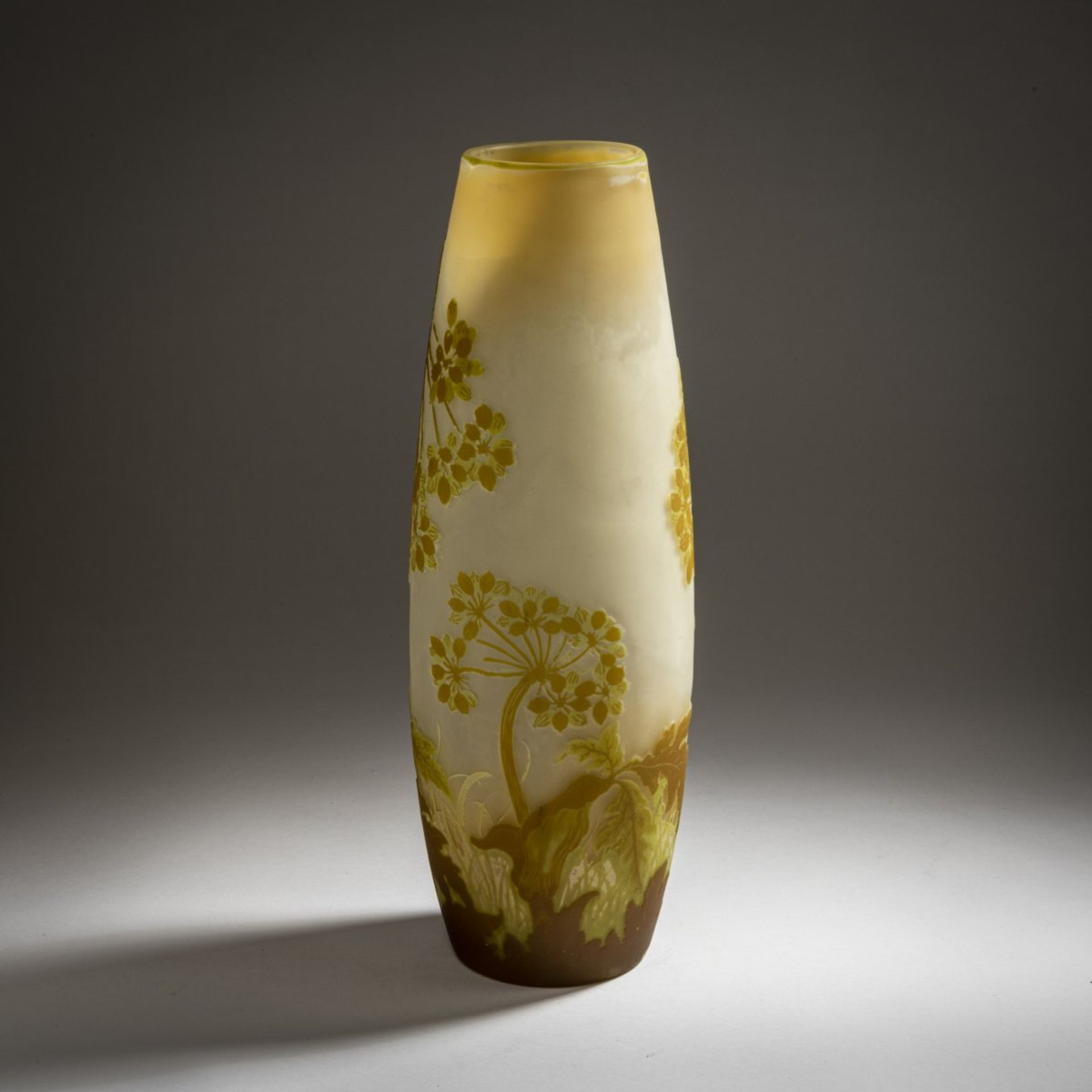 Emile Gallé, Nancy, Vase 'Ombelles', 1902-04 - Bild 2 aus 4