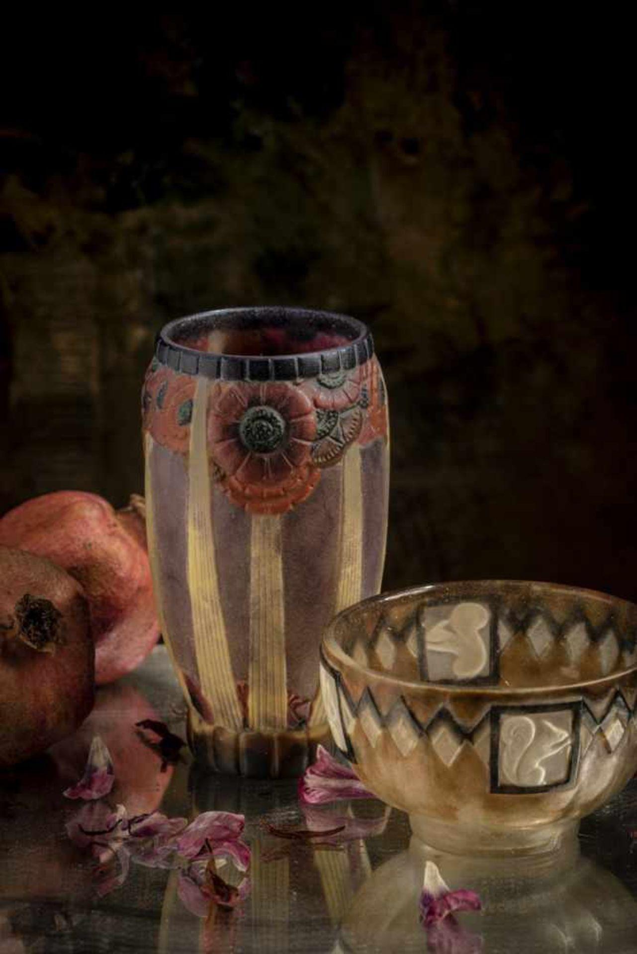 Los 105 - Gabriel Argy-Rousseau, Paris, Vase 'Rayons de soleil', 1926Vase 'Rayons de soleil', 1926H. 14,8...