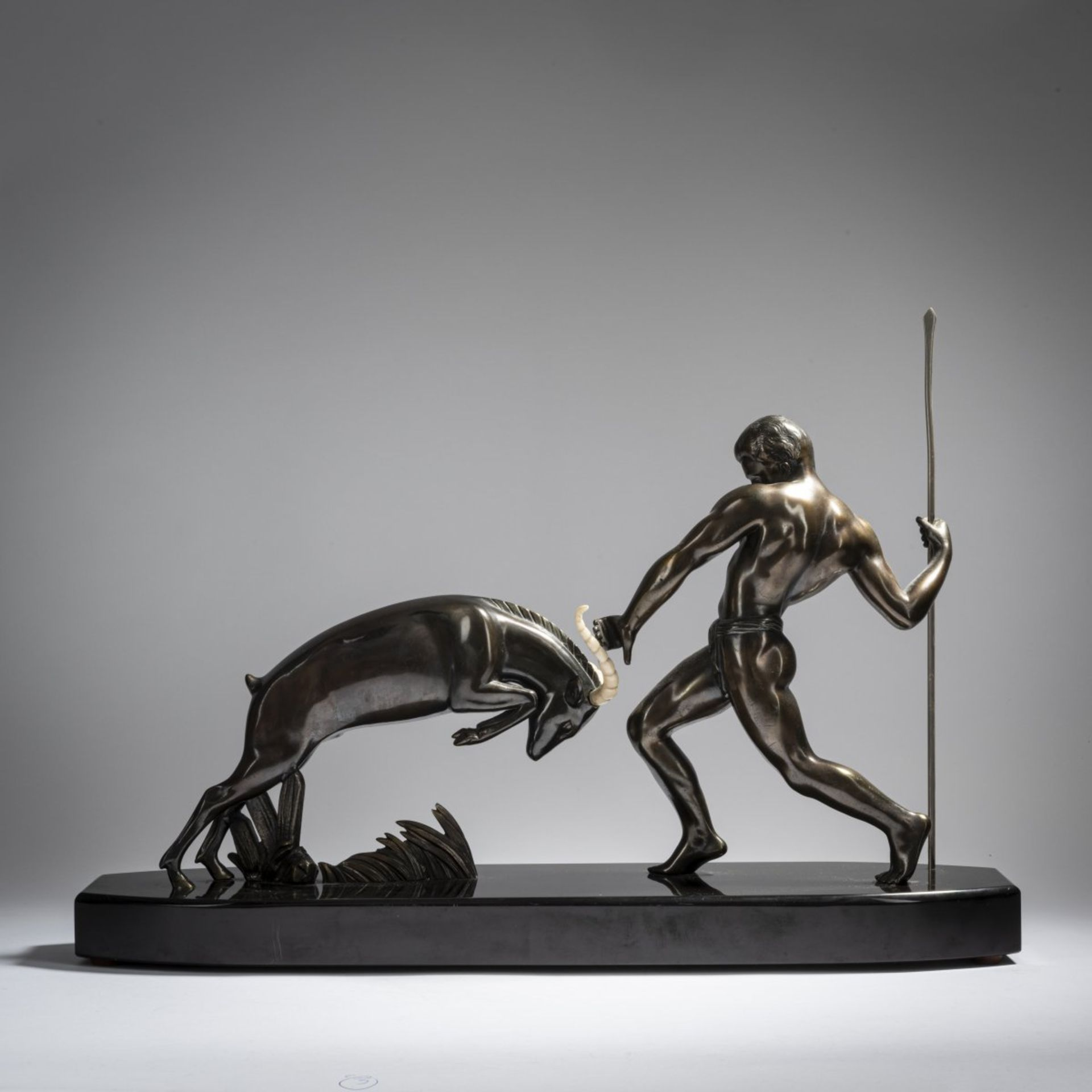 Salvator Riolo; Kowas, Jäger mit Antilope, um 1930 - Bild 5 aus 8