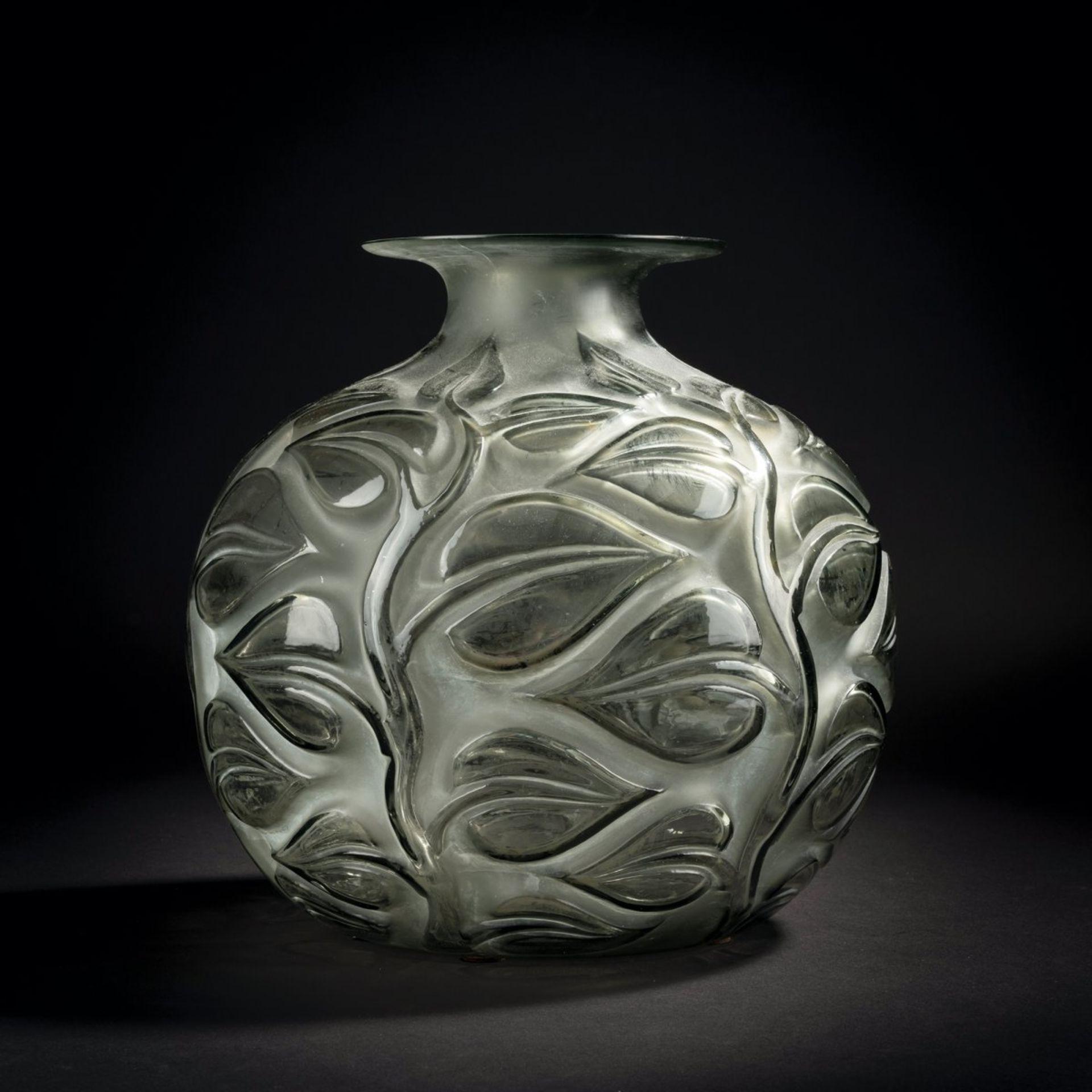 René Lalique, Vase 'Sophora', 1926