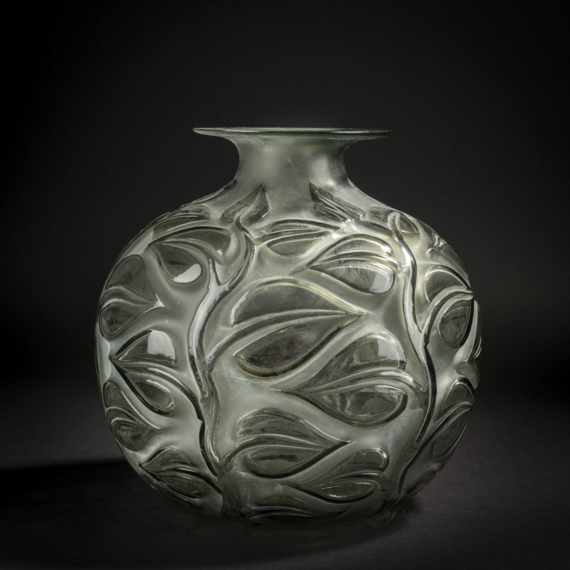 René Lalique, Vase 'Sophora', 1926 - Bild 3 aus 4