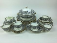Wedgewood Florentine W4312 tea and dinner service - 53 pieces