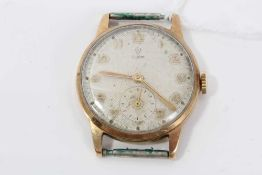 1950s Gentleman's Tudor wristwatch in 9ct gold case with matted silvered dial with gilt Arabic numer