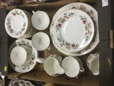 Royal Doulton 'Ardon' pattern dinner and tea service - 43 pieces