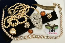 A SMALL QUANTITY OF JEWELLERY, to include a graduated double strand cultured pearl necklace,