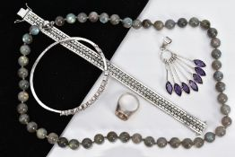 A SELECTION OF JEWELLERY, to include a white metal multi drop pendant, set with seven marquise cut