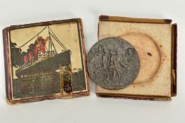 A CASED REPLICA R.M.S. LUSITANIA MEDALLION, commemorative medallion depicting the sinking of the '