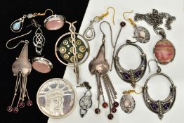 A SELECTION OF WHITE METAL JEWELLERY, to include a pair of open hoop amethyst set drop earrings,