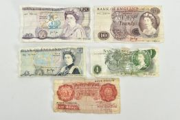 A SMALL QUANTITY OF OLD BANK NOTES, to include a one pound note, ten shillings, five pounds, ten