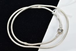 A PANDORA SNAKE CHAIN NECKLACE, length 500mm, fitted with a signed 'Pandora' clasp, stamped S925
