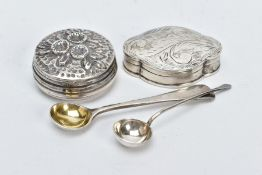 TWO SILVER SALT SPOONS AND TWO PILL BOXES, the first salt spoon with a gilt bowl, hallmarked