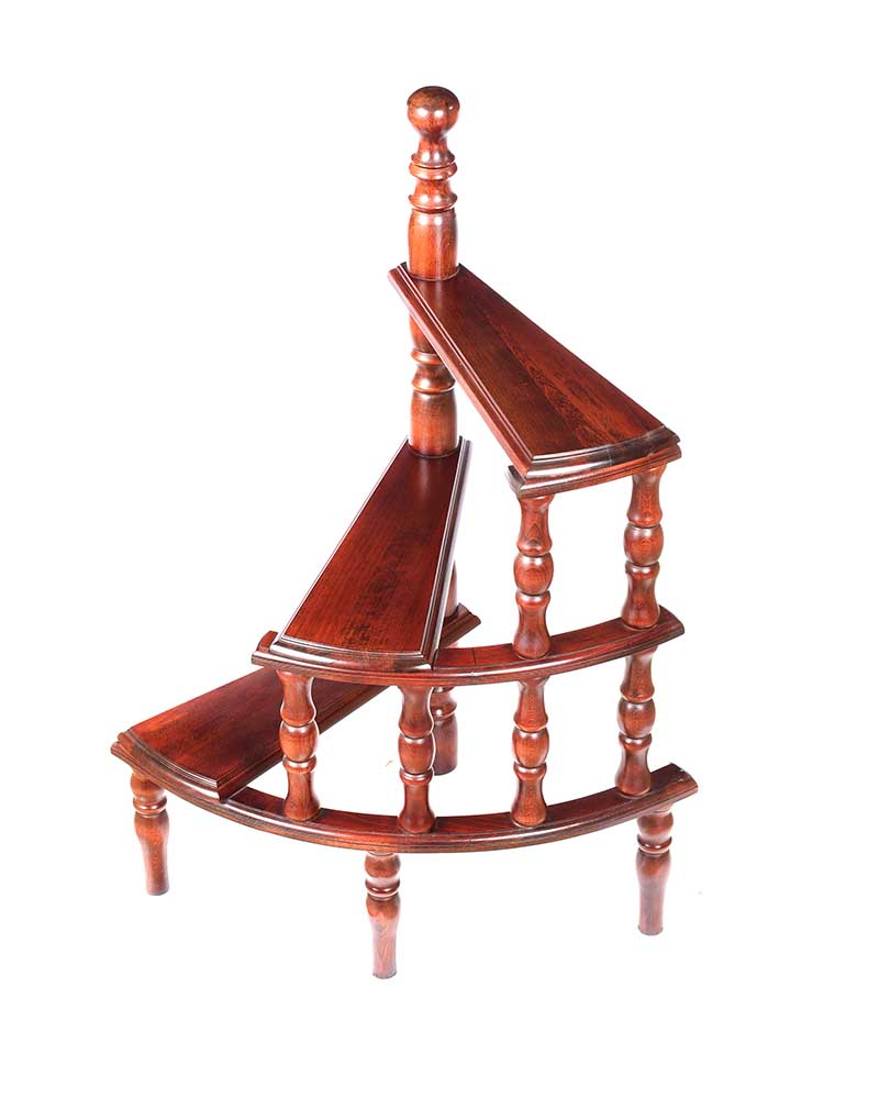 Lot 56 - MAHOGANY LIBRARY STEPS