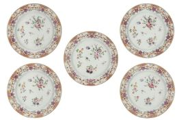 A set of five and a set of four Chinese porcelain 'Lowestoft' plates and saucer dishes, late 18th