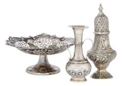 An Edwardian silver sugar caster, London, c.1901, Sibray, Hall & Co Ltd, repousse decorated with