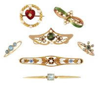 A small group of jewellery, comprising: a late 19th / early 20th century gold brooch composed of a