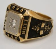 An American 10 K gold and diamond Leaders Club ring (18.